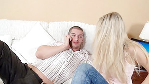Startling doxy is seducing bro while he is talking on a phone